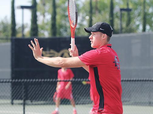 Men's tennis takes down No. 73 Denver