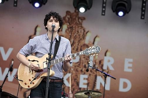 Vampire Weekend hits it bigger than before
