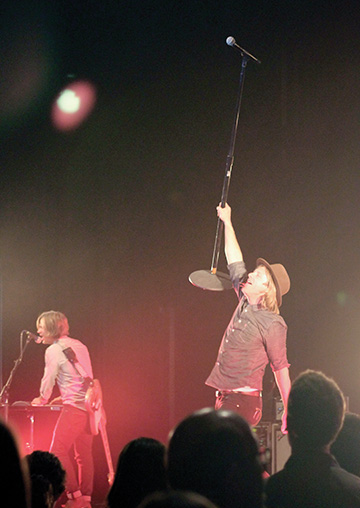 Switchfoot 'fades west' but its future is bright
