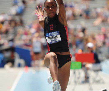 Thomas finishes Aztec track and field career