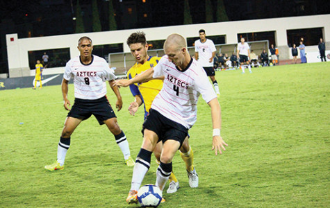 Men's soccer falls 1-0 in season opener