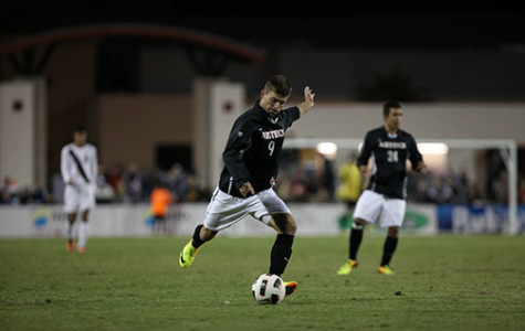 New faces, same ball: Previewing men's soccer