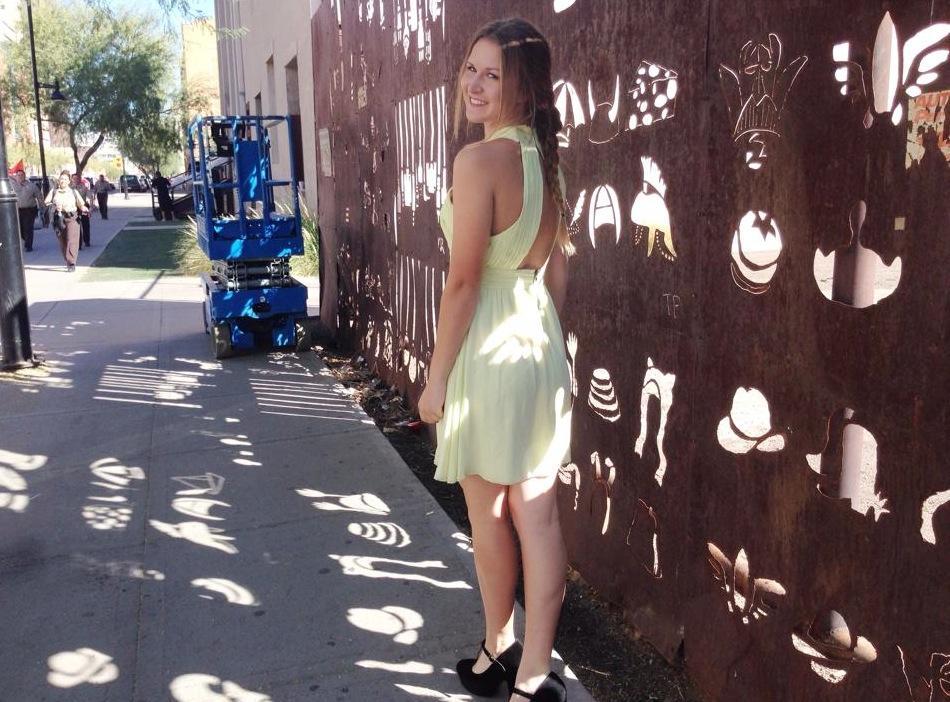 Sara Stelzer's Facebook profile picture.