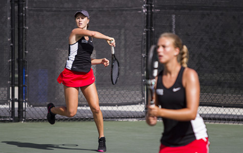 Women's tennis falls to Trojans in ITA