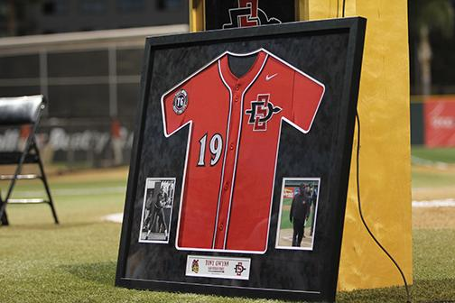 SDSU baseball honors the late Tony Gwynn at home opener