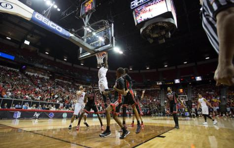 Aztecs outrun the hometown Rebels 67-64