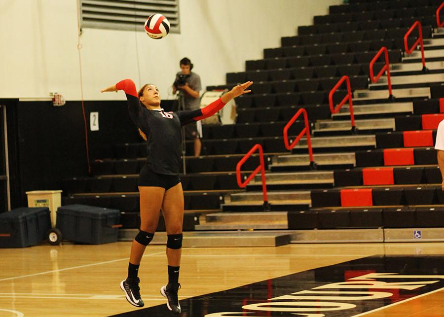 Alexis+Cage+looks+to+pave+her+own+SDSU+legacy+through+volleyball