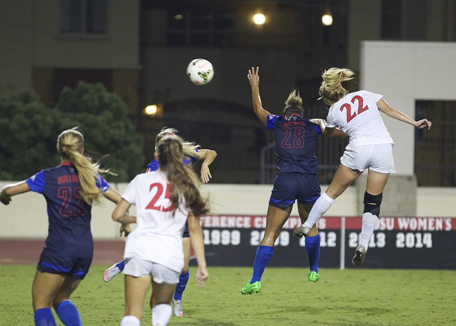 Women's soccer holds off San Jose State to capture conference lead