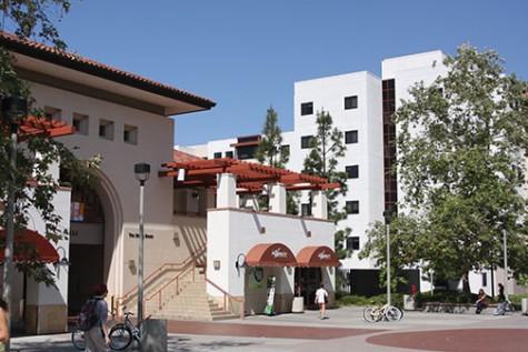 Se anuncia el requisito de pruebas de COVID-19 para todos los estudiantes que viven en el campus