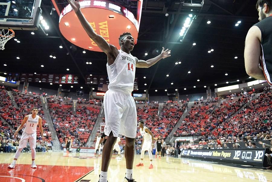SDSU men's basketball figuring out how to finish in conference play