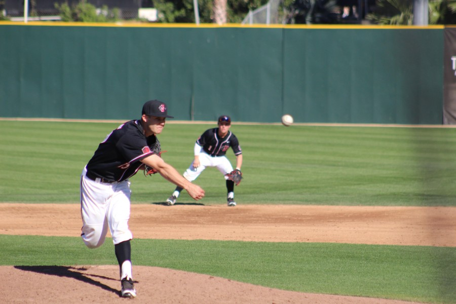 SDSU+baseball+wins+first+conference+game+in+late+comeback+against+Fresno+State%2C+5-4