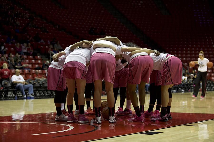 SDSU women's basketball falls to New Mexico on emotional senior night, 64-45