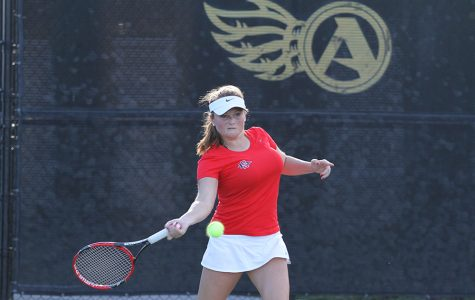 Well-traveled Hoorn getting ready to wrap up SDSU women's tennis career