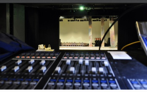 Theater production club perfects its backstage craft