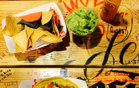 La Vecindad serves tasty tacos daily