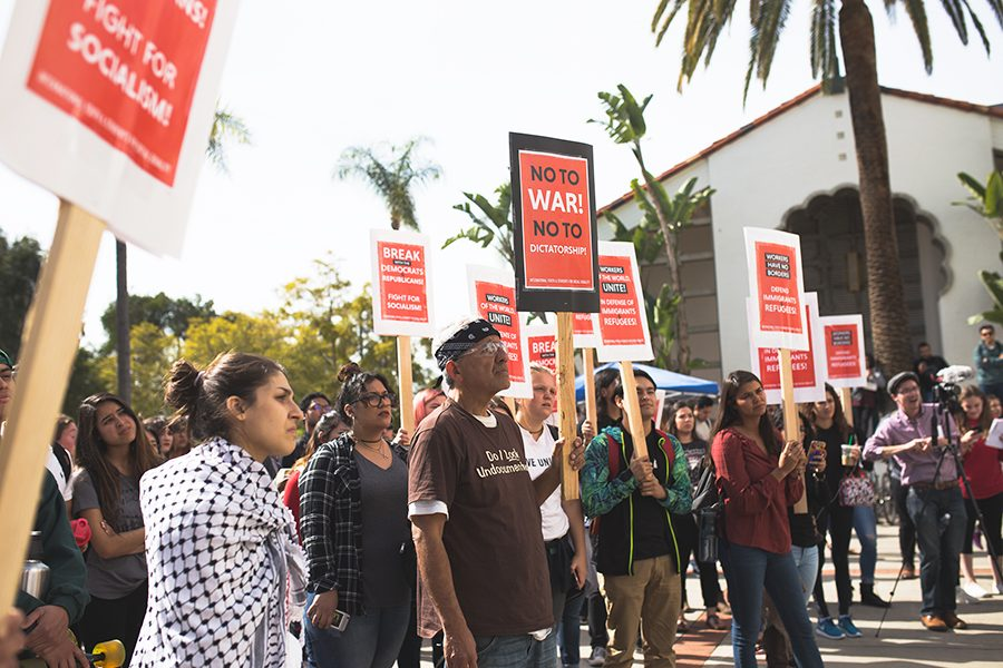 Students+rally+for+immigrant+rights+and+socialist+movement
