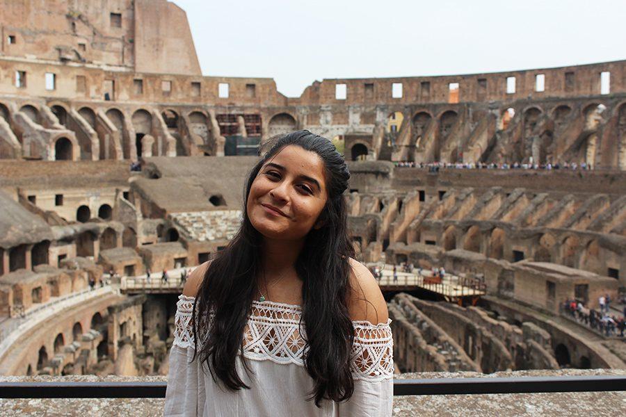 Mundo_emelyColosseum_emely