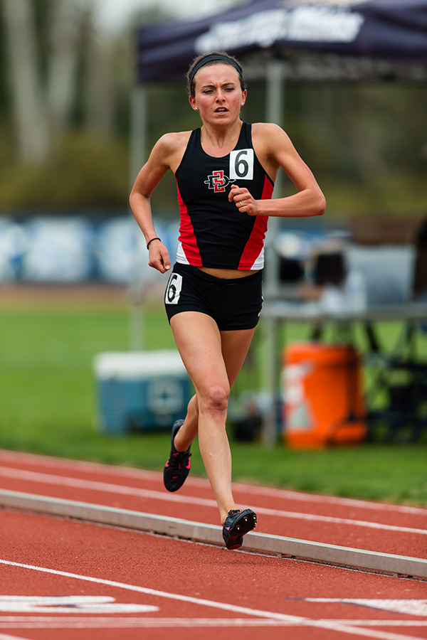 Graduate senior Christine Kent running in the San Diego Collegiate Classic on March 11.