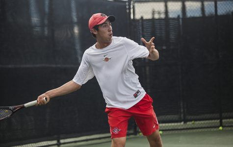The errors continue to pile for men's tennis