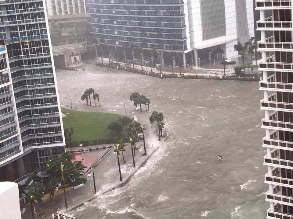 The+sea+floods+into+Miami+soon+before+Irma%27s+landfall.+Photo+courtesy+of+Tony+Semaan.