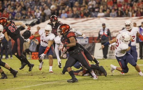 SDSU defeats Hawaii, 28-7, on Penny's career night