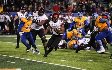 Aztecs' ground and pound punishes San Jose State in 52-7 win