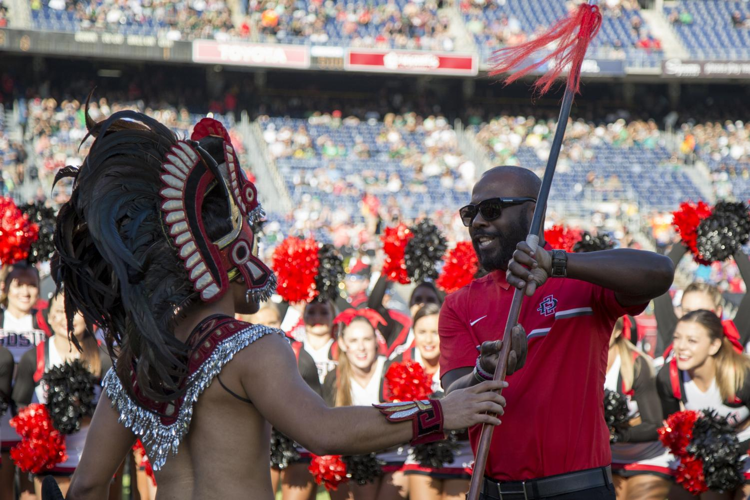 Marshall Faulk is honored before an SDSU football game vs. Hawaii in the 2016 season.