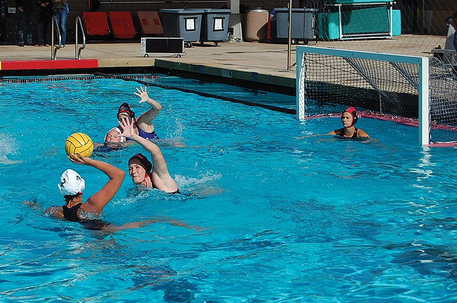 Freshman+defender+Lucia+Carballo+prepares+for+a+shot+during+the+Aztecs+8-7+loss+to+the+Alumni+on+Jan.+27.