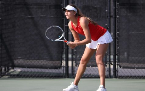 Women's tennis falls 5-2 to USC for third straight loss