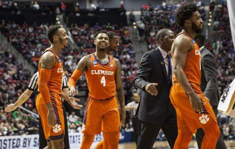 NCAA tournament at Viejas: No. 5 Clemson advances to Sweet 16, pummels No. 4 Auburn, 84-53
