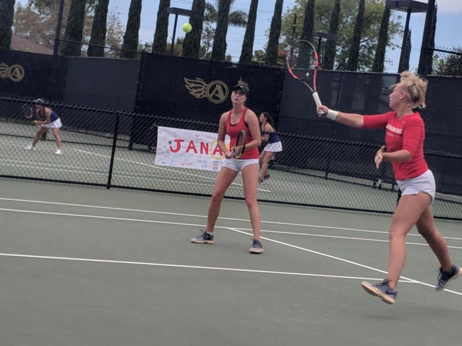 Sophomore+Mia+Smith+%28right+front%29+and+junior+Jenny+Moinard+compete+in+doubles+during+the+Aztecs+4-3+loss+to+San+Jose+State+at+the+Aztec+Tennis+Center+on+April+21.