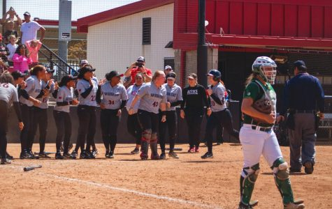 Softball wins first home series of the year with 3-2 walk-off victory over Colorado State