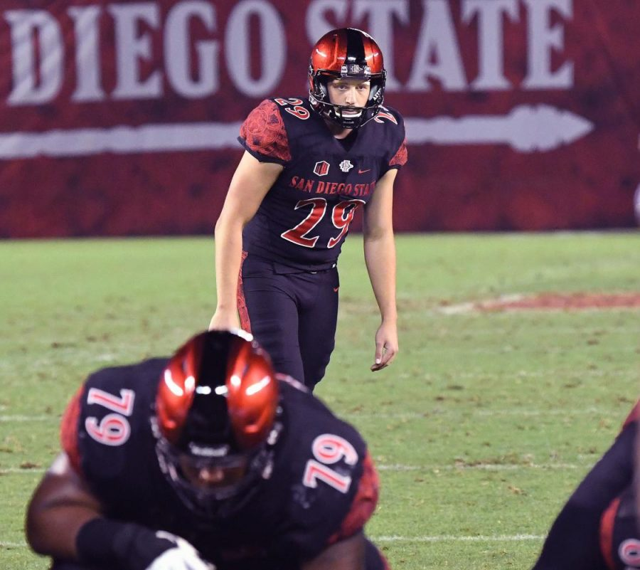 Senior+kicker+John+Baron+II+readies+to+boot+a+field+goal+during+the+Aztecs+28-21+victory+over+Arizona+State+on+Sept.+15+at+SDCCU+Stadium.+Baron+made+two+field+goals+in+the+game%2C+including+a+career-high+54+yarder.