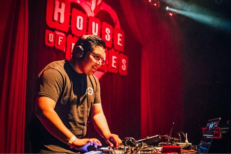Student+DJ+finds+local+success+in+EDM