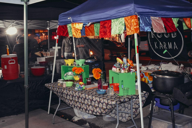 Food Karma es un puesto de comida vegana que forma parte del Barrio Art Crawl.