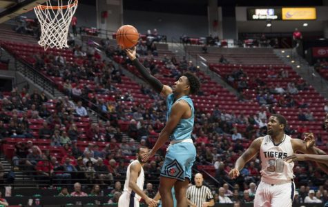 Aztecs rebound with 87-44 blowout win over Jackson State