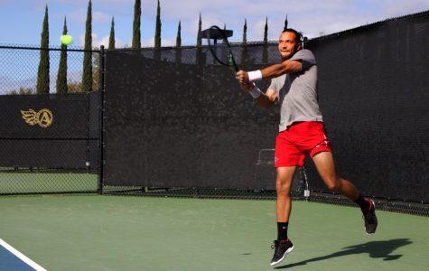 Men's tennis drops close match to Northern Arizona