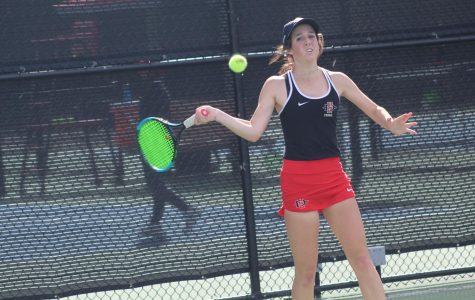 Women's tennis falls 5-2 to Arizona State