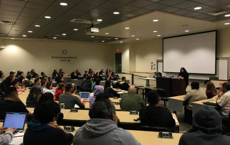 American Indian Studies lecture addresses mascot controversy, decolonization