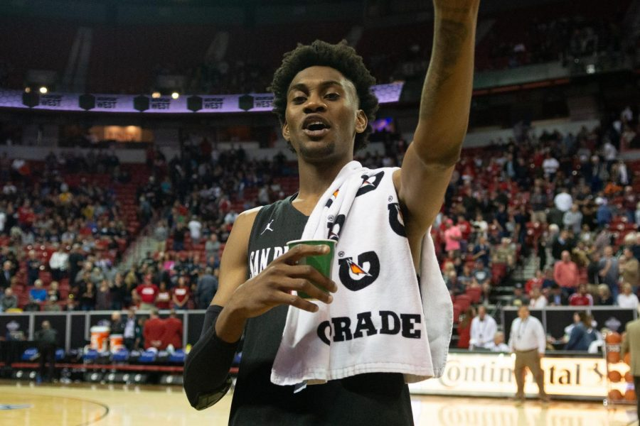 Sophomore+forward+Jalen+McDaniels+acknowledges+the+fans+after+the+Aztecs%27+65-56+victory+over+Nevada+in+the+Mountain+West+semifinals+on+March+15+at+the+Thomas+and+Mack+Center+in+Las+Vegas.