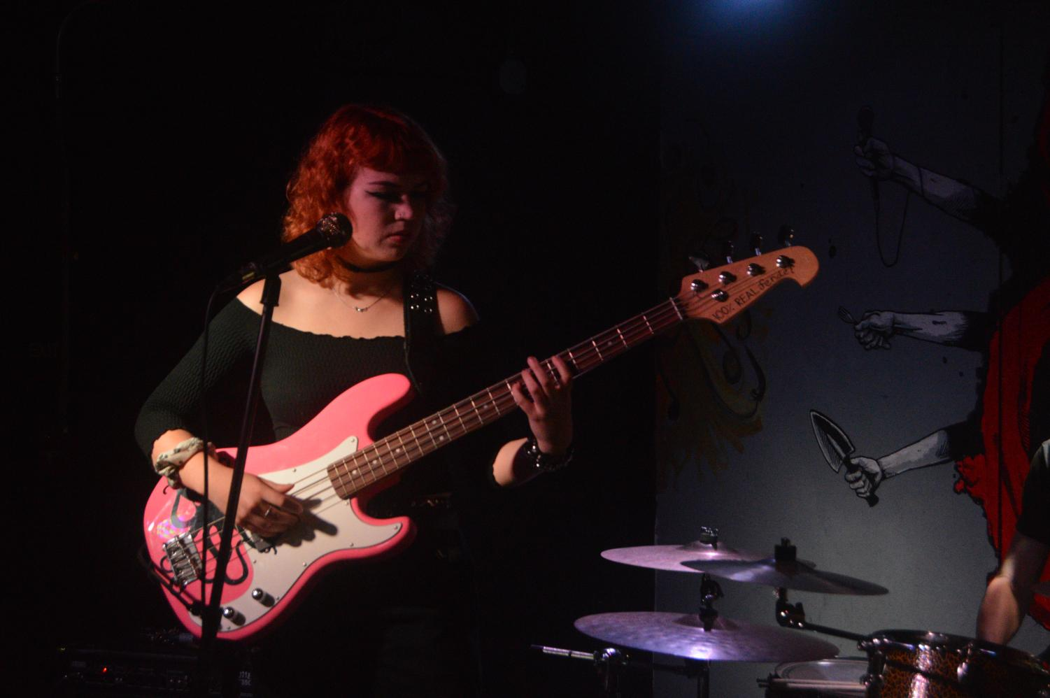 Carley Fischer, the lead singer of San Diego punk band Creature Culture, performing at the Che Cafe on April 19.
