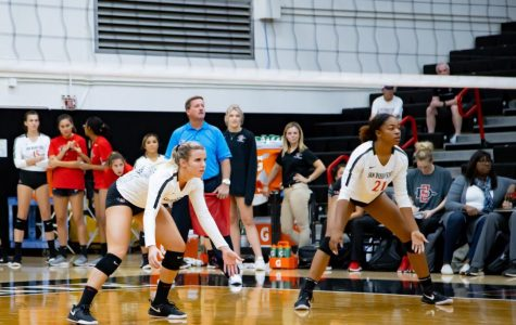 Volleyball finishes 7-4 in non-conference games, opens Mountain West play Thursday