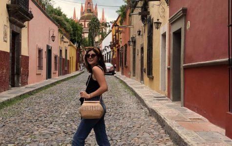 Una mezcla divina: El relato de una joven estudiante de SDSU mexicoamericana que creció dentro de dos culturas distintas