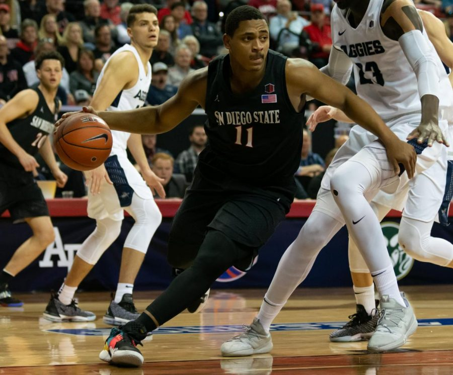 Then-sophomore+forward+Matt+Mitchell+looks+to+drive+to+the+hoop+in+the+Aztecs%E2%80%99+64-57+loss+to+Utah+State+last+season+in+the+Mountain+West+tournament+championship+game+on+March+16+at+Thomas+%26+Mack+Center+in+Las+Vegas.
