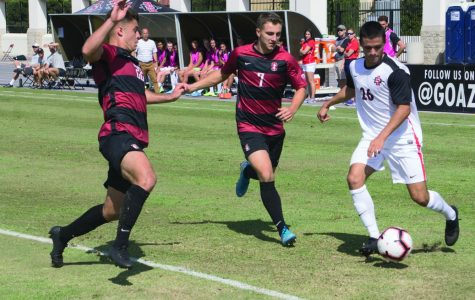 Men's soccer edged by No. 7 Stanford 1-0 in defensive battle