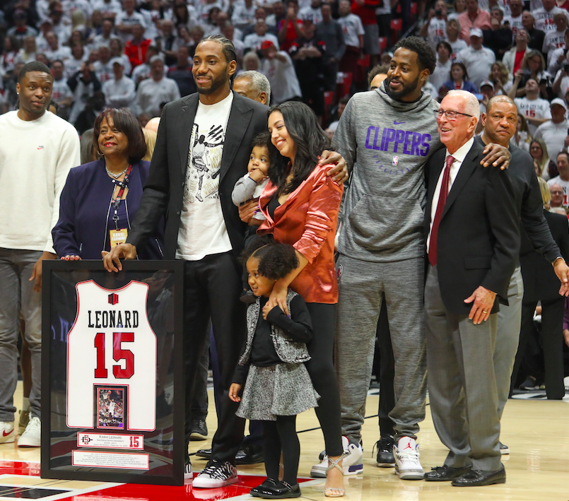 Kawhi+Leonard+is+honored+as+the+only+Aztec+to+have+his+jersey+retired+in+the+history+of+SDSU+during+halftime+of+the+Aztecs%27+80-68.+Leonard+shared+this+moment+with+former+SDSU+coach+Steve+Fisher+and+many+other+from+the+Clippers+organization.