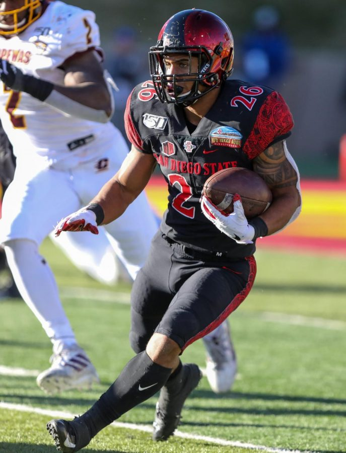 Then-sophomore running back Kaegun Williams carries the ball during the Aztecs' 48-11 win over Central Michigan on Dec. 21, 2019 at the New Mexico Bowl in Albuquerque, New Mexico.