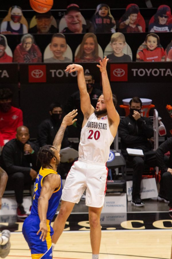 Senior guard Jordan Schakel attempts a shot during the Aztecs' 77-55 win over San José State on Feb. 10, 2021 at Viejas Arena.