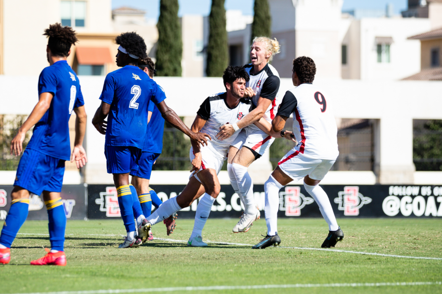 Kyle Colonna celebrates with his teammates after scoring a goal against CSU Bakersfield. (Courtesy of SDSU Athletics)