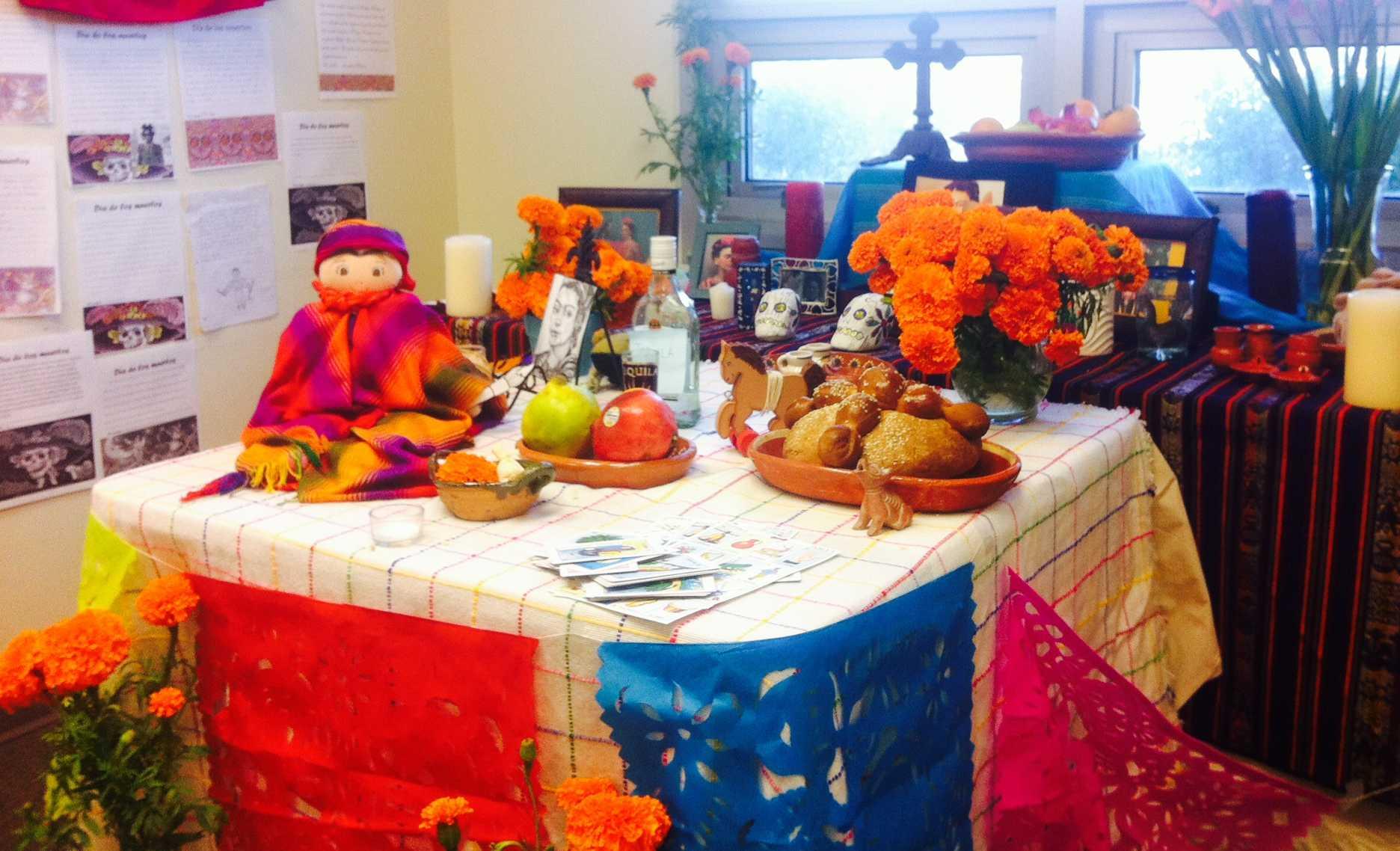 El departamento de español explica la celebración al muerto